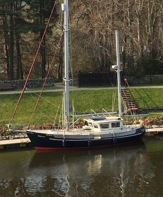 Fisher 37 - Blue Yonder